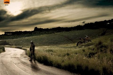 KTM Cross Motorcycles- Pause